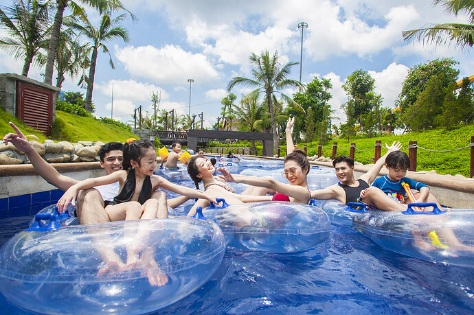 images1387011_Typhoon_Water_Park__3_