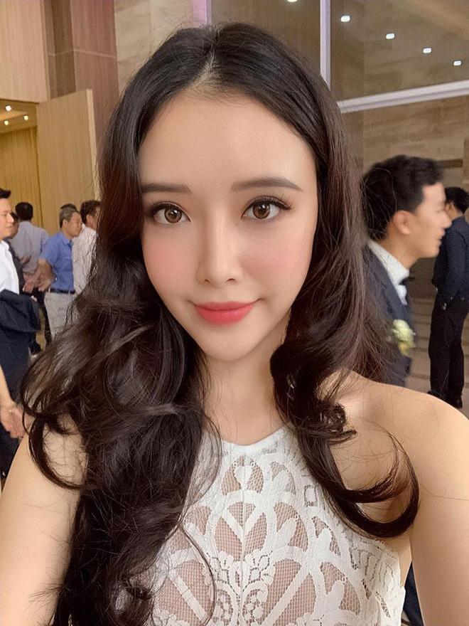 """Những màn """"lột xác"""" trên cả tuyệt vời của em gái sao Việt: Thay đổi vậy ai dám ngờ? - Ảnh 17."""
