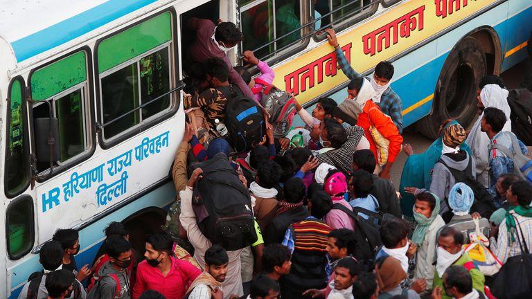 skynews-migrant-workers-buses_4957761